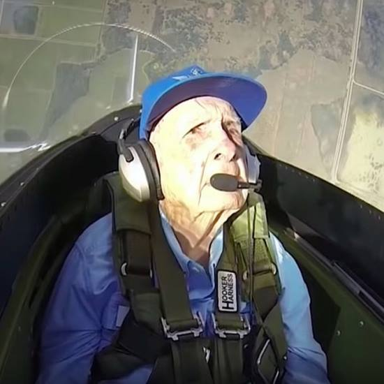 WWII pilot back in the cockpit