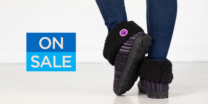 Purple Paw Comfy Ankle Slipper Booties