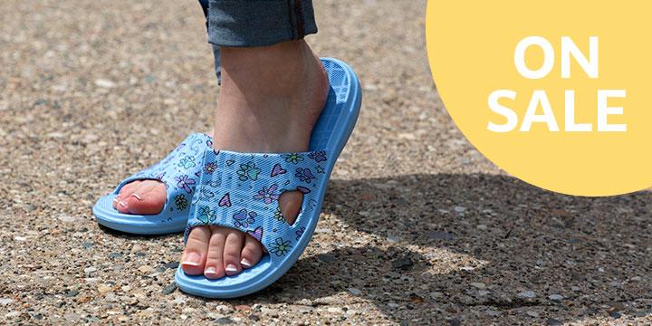 Lightweight Open Toe Slide Sandals