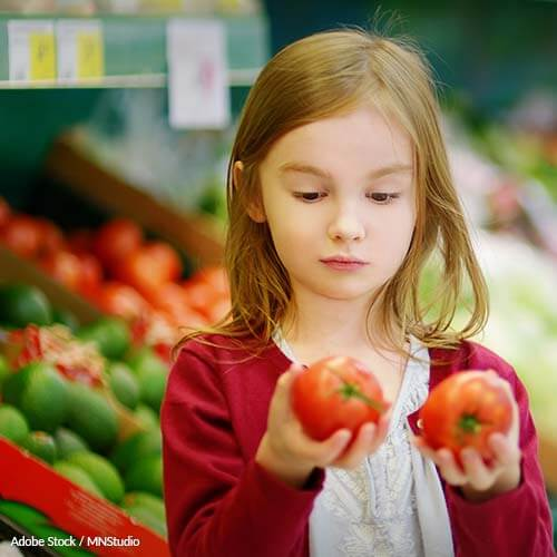 "Tell retailers in the U.S. to stop tossing out perfectly edible food because it's not ""pretty"" enough!"