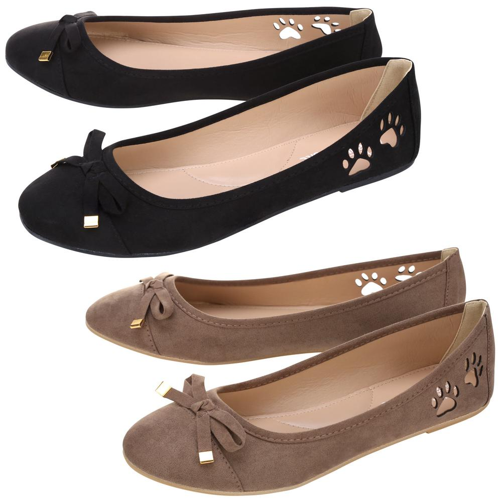 Shop for women's flats and ballerinas at ECCO® official online store. Find the best women's flats, black flats, ballet flats, ballerinas, dress flats, leather flats, white flats, comfortable flats, women's slip on shoes & more. Free Standard Shipping on orders above $!